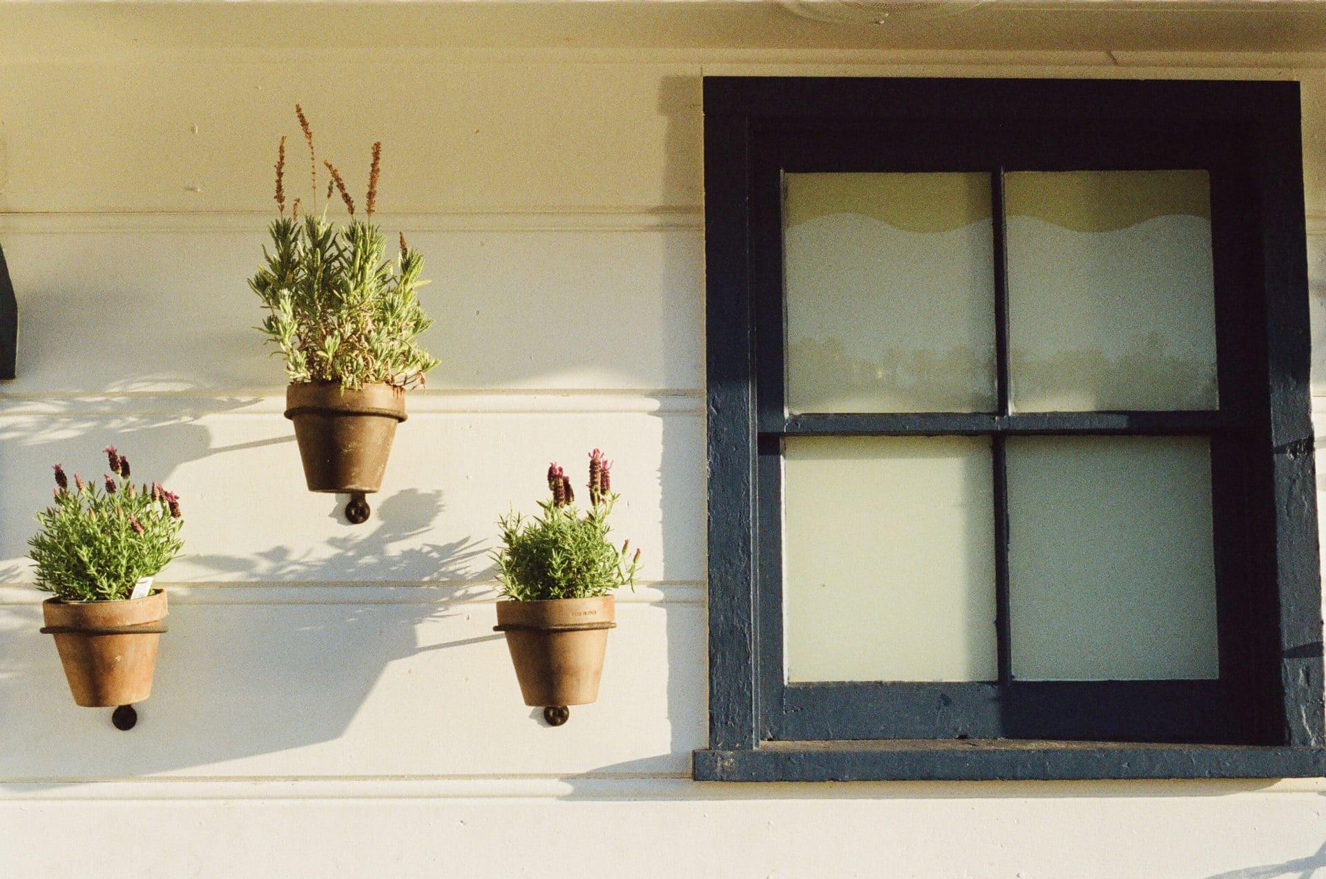 Nachträglicher Schallschutz für Fenster – Schalldämmung erklärt